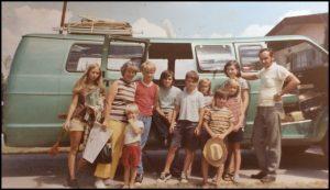 family-van-300x173-1173047